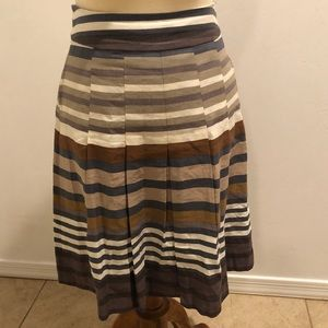 Banana Republic pleated striped skirt